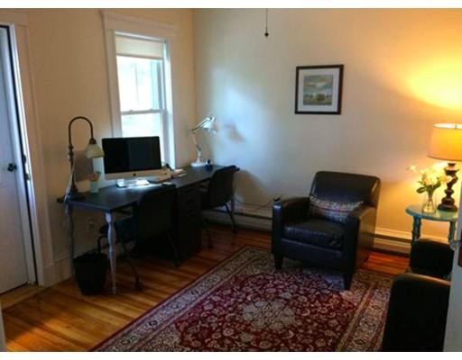独户住宅 为 出租 在 14 Seymour Street 温思罗普, 马萨诸塞州 02152 美国