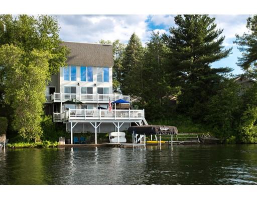 واحد منزل الأسرة للـ Sale في 49 Birch Island Road Webster, Massachusetts 01570 United States