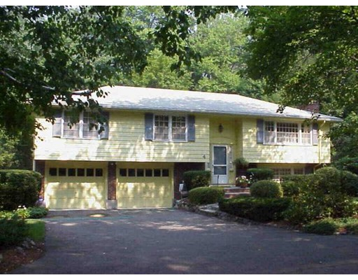2 Tufts Rd, Lexington, MA 02421
