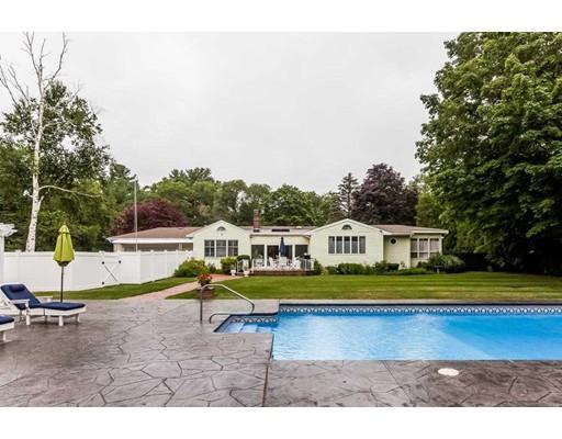 独户住宅 为 销售 在 115 Prospect Street 欣厄姆, 02043 美国
