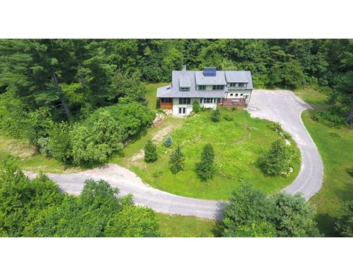 57R Adams, Williamsburg, MA 01039