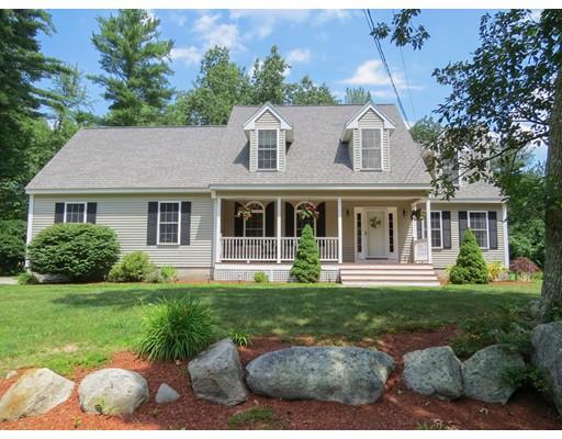 Maison unifamiliale pour l Vente à 205 Annand Drive Milford, New Hampshire 03055 États-Unis