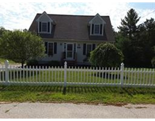 Single Family Home for Sale at 110 Ruggles Street Hardwick, Massachusetts 01094 United States