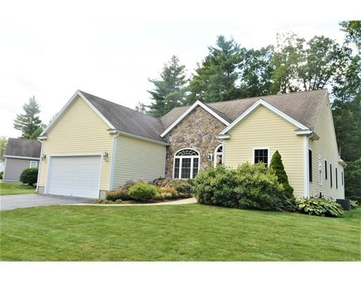 Частный односемейный дом для того Продажа на 240 Mary Catherine Drive Lancaster, Массачусетс 01523 Соединенные Штаты