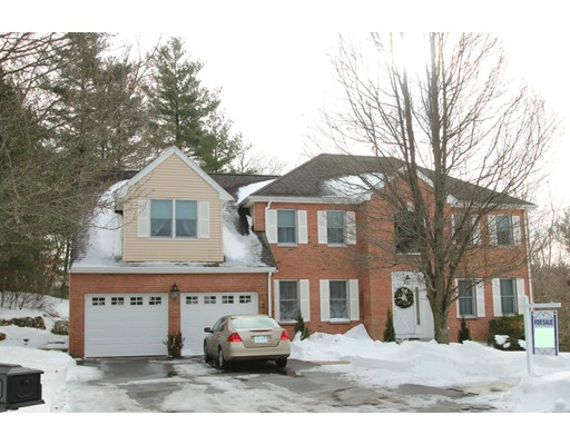 Single Family Home for Sale at 6 Homeland Circle 6 Homeland Circle Saugus, Massachusetts 01906 United States