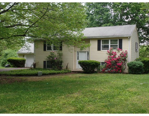 Single Family Home for Sale at 4 Shaw Lane Hadley, Massachusetts 01035 United States