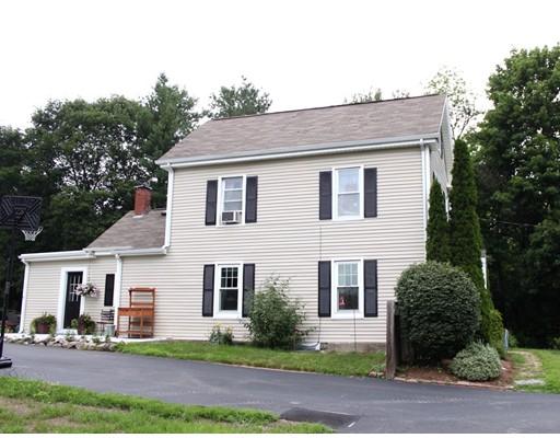 Single Family Home for Sale at 383 Chestnut Street Franklin, Massachusetts 02038 United States