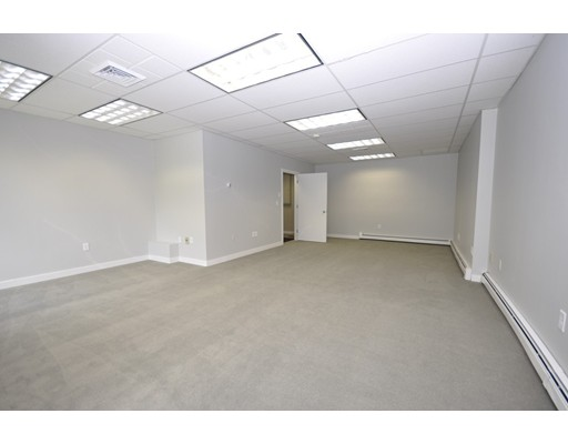 Commercial for Rent at 180 State Road 180 State Road Bourne, Massachusetts 02562 United States