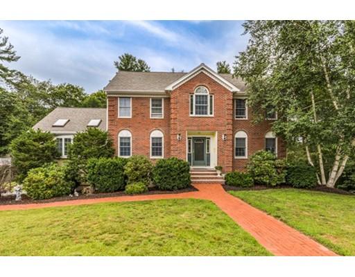 Частный односемейный дом для того Продажа на 26 Campbell Road Middleton, Массачусетс 01949 Соединенные Штаты