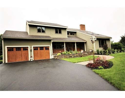 Casa Unifamiliar por un Venta en 39 Sumner Brown Cumberland, Rhode Island 02864 Estados Unidos