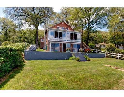 Single Family Home for Sale at 11 Beach Drive 11 Beach Drive West Brookfield, Massachusetts 01585 United States