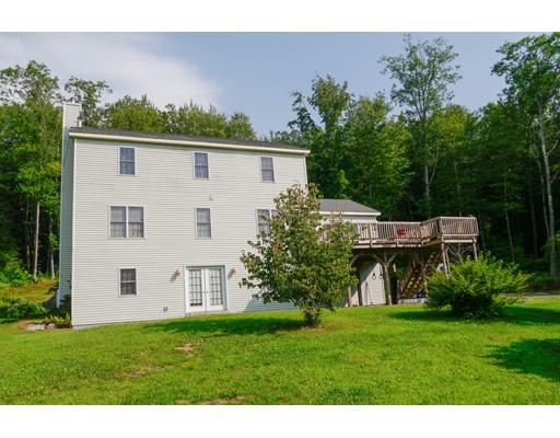 Maison unifamiliale pour l Vente à 415 Four Mile Brook Road 415 Four Mile Brook Road Northfield, Massachusetts 01354 États-Unis