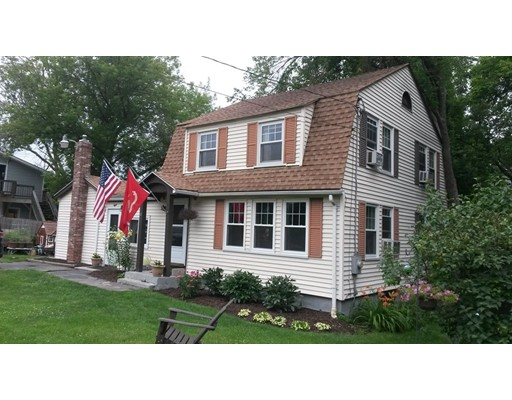 Single Family Home for Sale at 8 Nash Avenue Ashland, Massachusetts 01721 United States