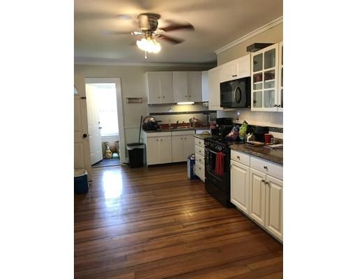 独户住宅 为 出租 在 5 Saunders Street 韦茅斯, 02191 美国