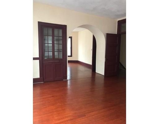 独户住宅 为 出租 在 79 Harvard Avenue 79 Harvard Avenue 梅福德, 马萨诸塞州 02155 美国