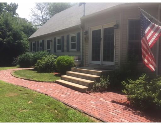 واحد منزل الأسرة للـ Sale في 22 Dennison Crossroad Southbridge, Massachusetts 01550 United States