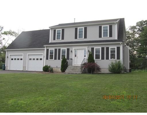 واحد منزل الأسرة للـ Sale في 1080 Washington Street Abington, Massachusetts 02351 United States