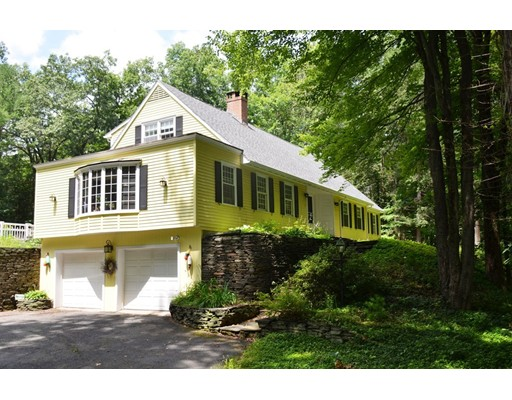 Casa Unifamiliar por un Venta en 27 Stillwater Road Deerfield, Massachusetts 01373 Estados Unidos