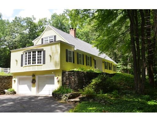Частный односемейный дом для того Продажа на 27 Stillwater Road Deerfield, Массачусетс 01373 Соединенные Штаты