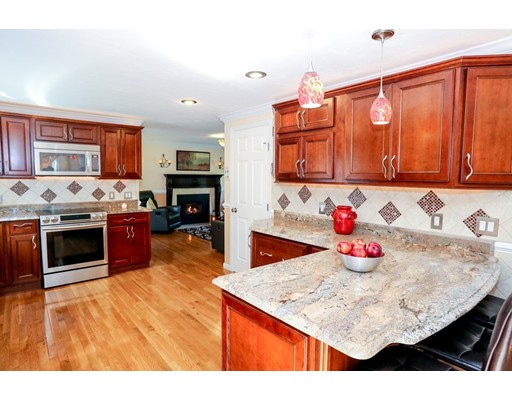96 Paxton Rd, Holden, MA 01520
