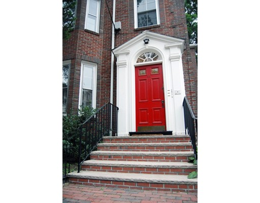 22 Forest Street 1, Cambridge, MA 02140