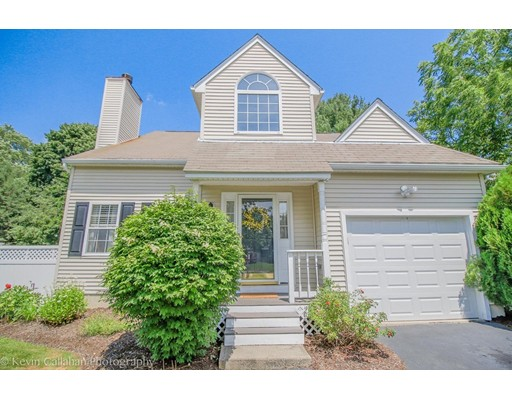Single Family Home for Sale at 76 Palomino Drive Franklin, Massachusetts 02038 United States