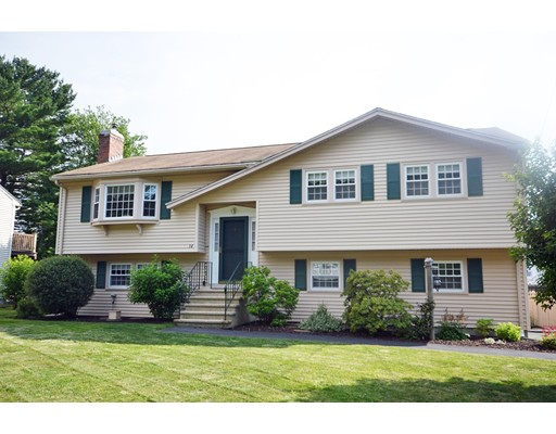 Single Family Home for Sale at 34 Hayes Avenue Beverly, Massachusetts 01915 United States