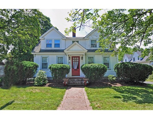 Single Family Home for Sale at 14 High Street Franklin, Massachusetts 02038 United States