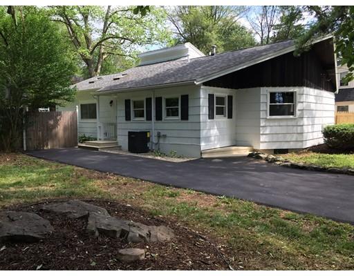 30 Cottage Dr, Holliston, MA 01746