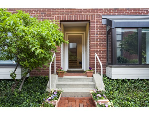 Single Family Home for Sale at 27 Shipway Place Boston, Massachusetts 02129 United States