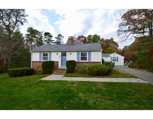 Single Family Home for Sale at 182 Acorn Drive Barnstable, Massachusetts 02655 United States