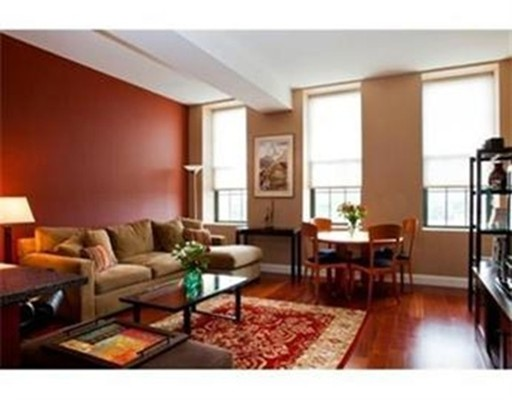 Additional photo for property listing at 150 Cambridge Street  Cambridge, Massachusetts 02141 Estados Unidos