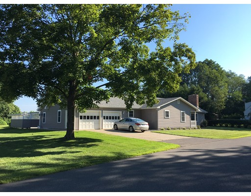 Single Family Home for Sale at 9 Kelleher Drive Deerfield, Massachusetts 01373 United States