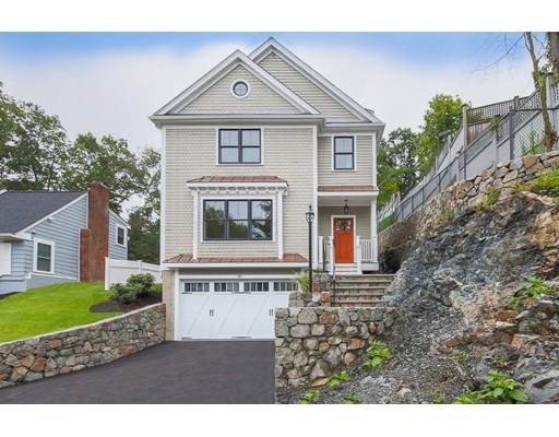 Maison unifamiliale pour l Vente à 110 Irving Street Arlington, Massachusetts 02476 États-Unis