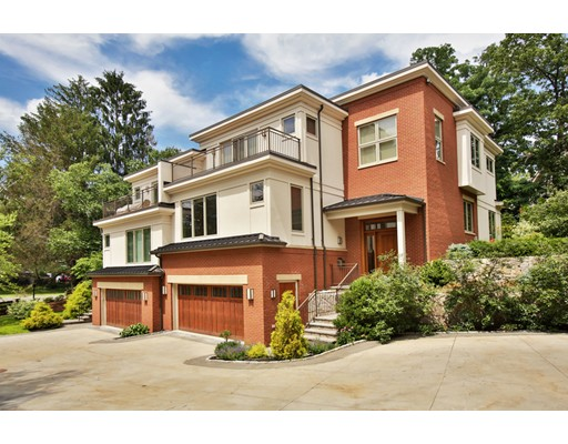 Single Family Home for Sale at 107 Florence Street Newton, Massachusetts 02467 United States