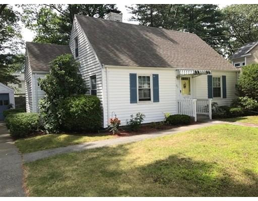 Single Family Home for Sale at 92 Oak Street Natick, Massachusetts 01760 United States