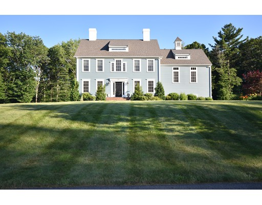 Single Family Home for Sale at 241 Jean Carol Road Abington, Massachusetts 02351 United States