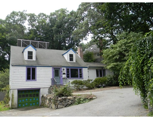 Single Family Home for Sale at 34 Hunting Circle Wellesley, Massachusetts 02481 United States