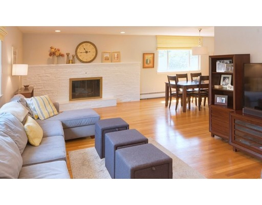 Single Family Home for Sale at 23 Donna Road Newton, Massachusetts 02459 United States