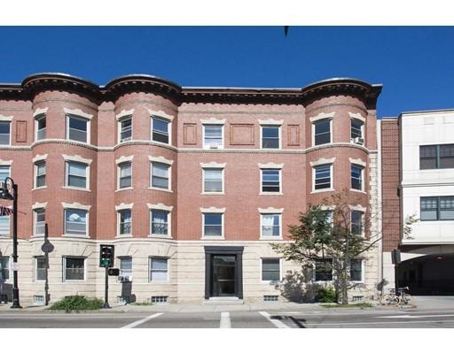 共管式独立产权公寓 为 出租 在 156 Harvard #8 156 Harvard #8 布鲁克莱恩, 马萨诸塞州 02446 美国