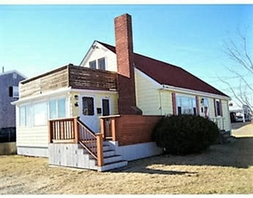 Single Family Home for Rent at 1 Canal Place (Winter rental) Bourne, Massachusetts 02532 United States