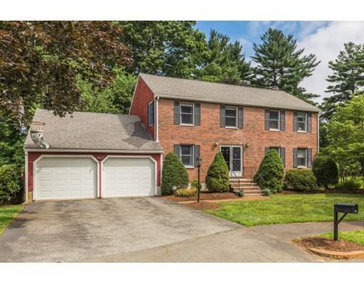 Casa Unifamiliar por un Venta en 14 Verde Circle Reading, Massachusetts 01867 Estados Unidos