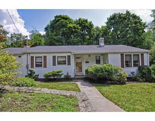 Maison unifamiliale pour l Vente à 15 Rydal Street 15 Rydal Street Worcester, Massachusetts 01602 États-Unis