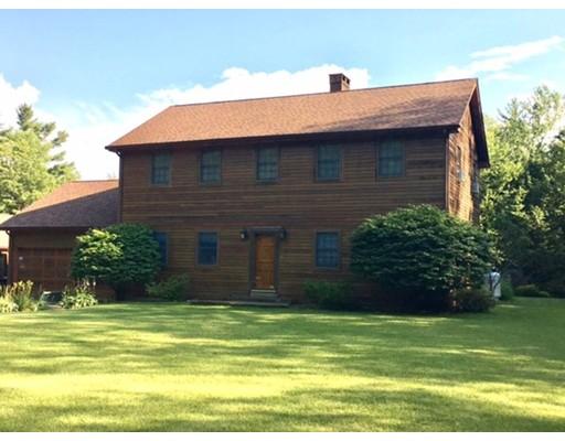 واحد منزل الأسرة للـ Sale في 19 BERKSHIRE TRAIL W 19 BERKSHIRE TRAIL W Goshen, Massachusetts 01032 United States