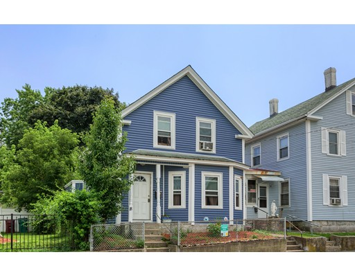 18 London St, Lowell, MA 01852