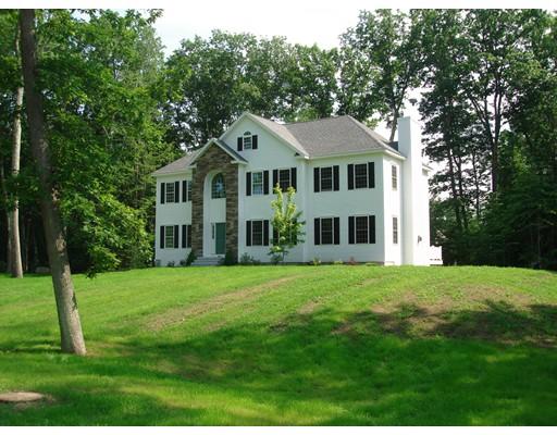Maison unifamiliale pour l Vente à 3 Kinneret Drive 3 Kinneret Drive Kingston, New Hampshire 03848 États-Unis