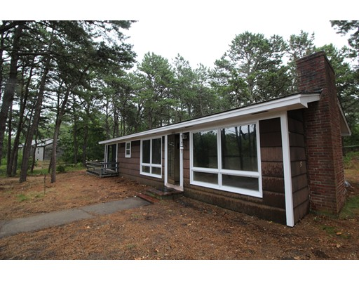 Single Family Home for Sale at 665 Governor Prence Road Eastham, Massachusetts 02642 United States