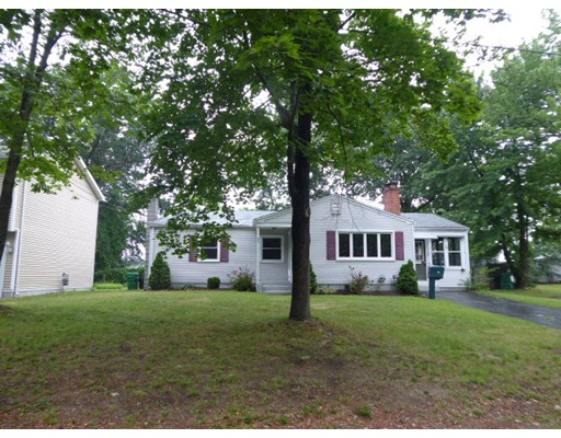 52  LEARY AVE,  Chicopee, MA