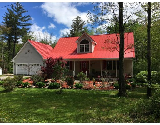 Maison unifamiliale pour l Vente à 125 Stryker Road 125 Stryker Road Florida, Massachusetts 01247 États-Unis