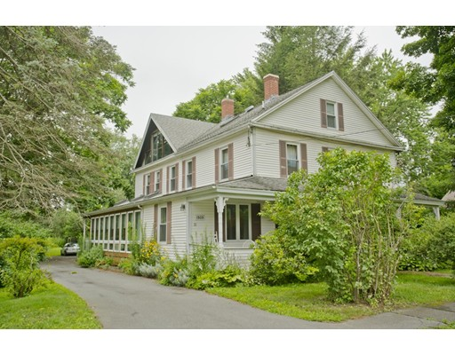 Single Family Home for Sale at 21 West Street Hadley, Massachusetts 01035 United States